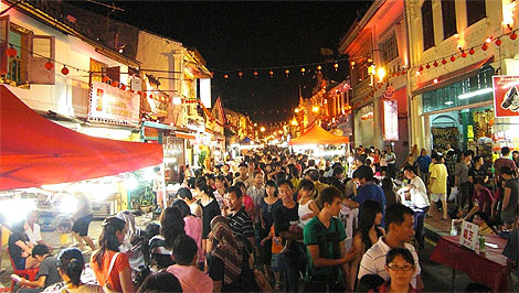 crowded Jonker Walk