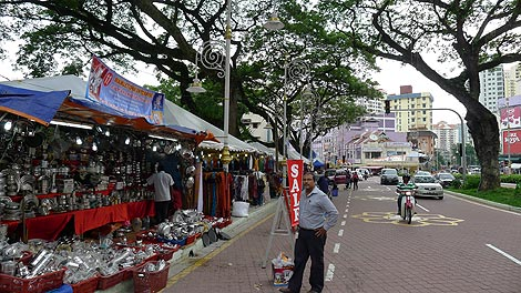Deepavali market, Little India Brickfields