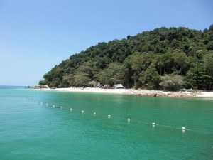 Pulau Kapas,  beach next to the jetty