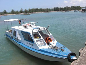 {Pulau Kapas,  speedboat transfer to the island
