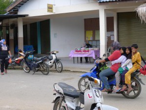 Motorbikes,  motorbikes can fit 4 easily