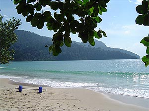 Datai Beach, Langkawis most exclusiv beach in the north-west of the island. Home to the super-exclusiv Datai and Andaman Resorts