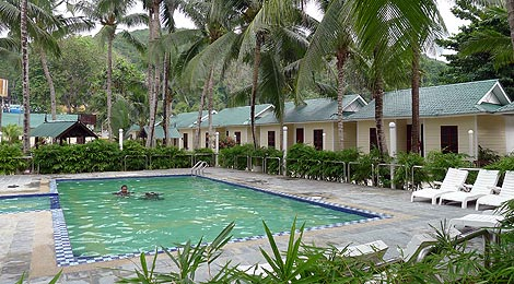 swimming pool and bungalows, Redang Bay Resort